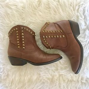 Shoes - Western Boot